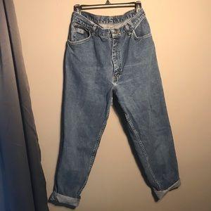High waisted mom jeans size 6